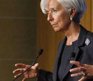 Christine Lagarde la microfon